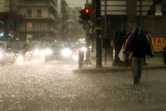 Έκτακτο δελτίο επιδείνωσης καιρού – Έρχονται καταιγίδες, χαλάζι και ισχυροί άνεμοι