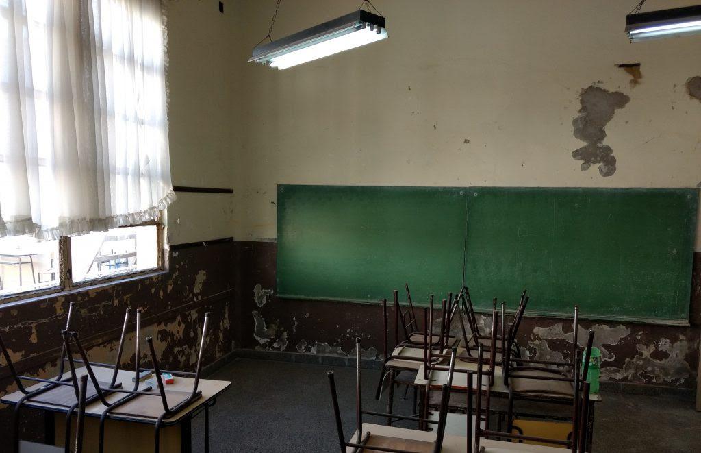 Salones de la escuela 1 en lamentable estado