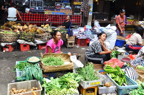 ubud market scene 8