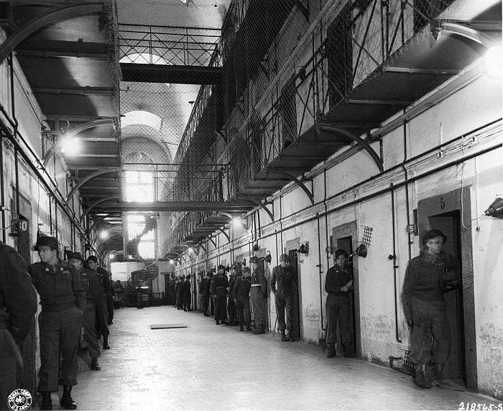 File:Nuernberg jail.jpg