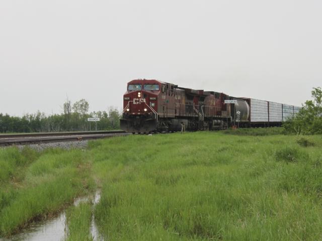 CP 9826 at Dalemead, Alberta