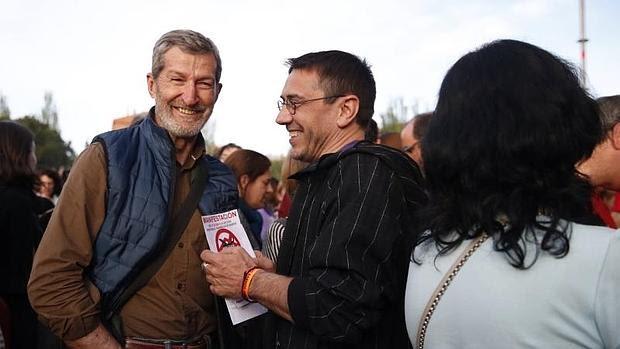 Juan Carlos Monedero conversa con Julio Rodríguez
