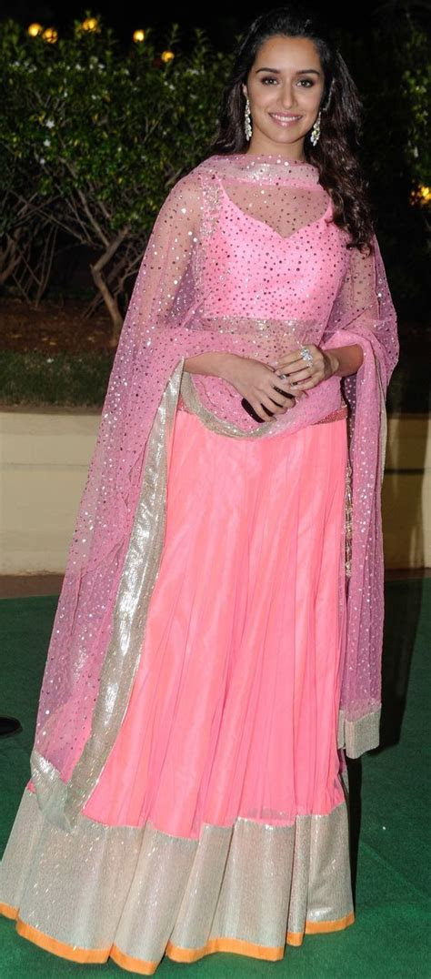 What To Wear To Your Best Friend's Sangeet and Mehendi