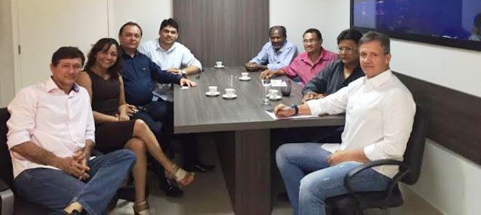 Eliziane, com Aluisio e as lideranças do PP, PSDC, PTN e PTdoB