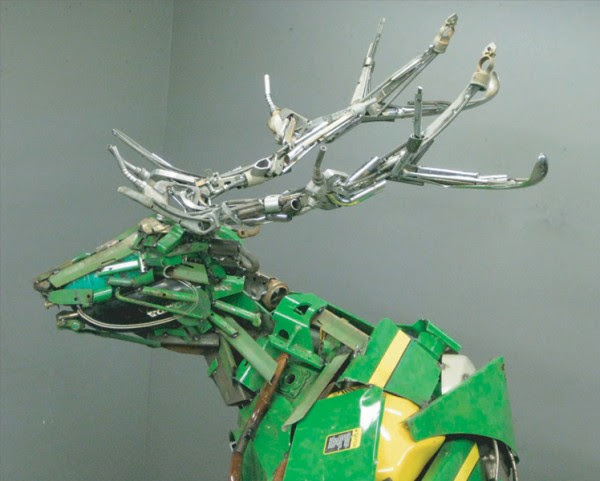 Scrap Metal Beasts by Robert Jefferson Travis Pond sculpture art animals