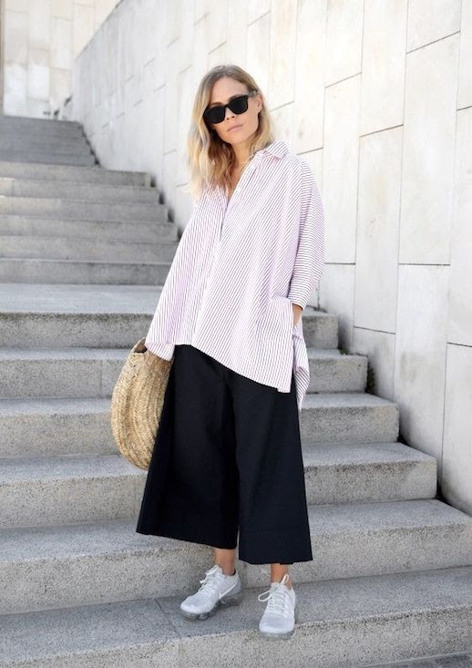 Black Sunglasses Red Stripe Oversize Button Down Shirt Straw Tote Bag Wide Leg Pants Nike Air Vapormax Sneakers Blogger Style Jessie Bush Via We The People Style Le Fashion Blog