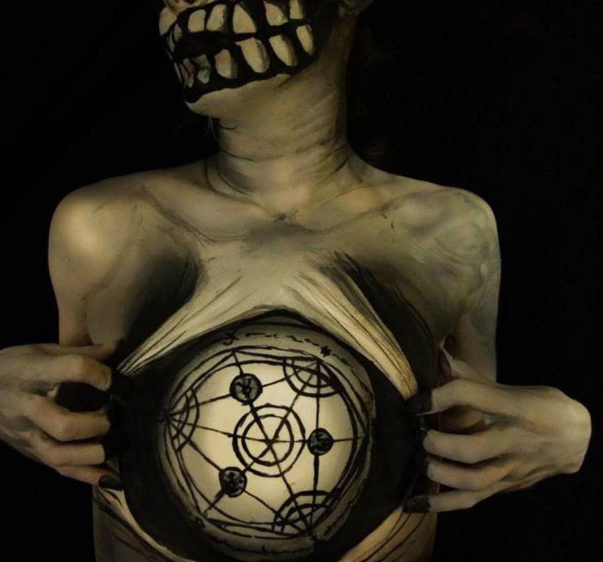 Artista transforma corpos humanos em incompreensíveis ilusões de óptica 05