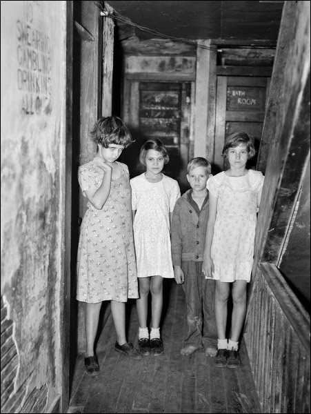 1937-Florida-Winterhaven-citris-workers-children.jpg