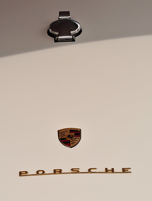 Porsche logo and gas cap