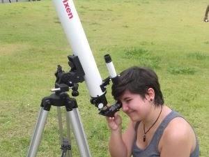 Estudantes de Taubaté observam o eclipse solar (Foto: Felipe Machado/Arquivo pessoal)