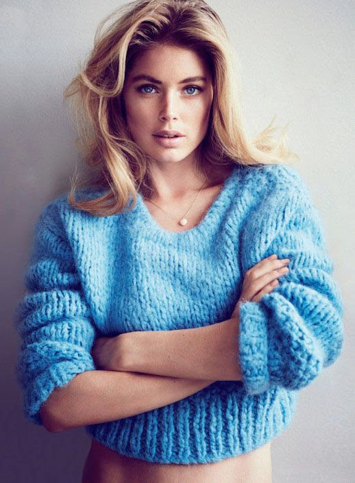 LE FASHION BLOG EDITORIAL PURE INTENTIONS DOUTZEN KROES WILL DAVIDSON TELEGRAPH UK CHUNKY KNIT CROP CROPPED BLUE SWEATER WHITE BRIEFS UNDERWEAR LINGERIE LOUNGEWEAR DELICATE NECKLACE BLONDE HAIR BEAUTY FIFTH HIGHEST PAID MODEL IN THE WORLD PURE INTENTIONS CLARE RICHARDSON TAMARA MCNAUGHTON CHIHO OMAE 1 photo LEFASHIONBLOGEDITORIALPUREINTENTIONSDOUTZENKROESWILLDAVIDSONTELEGRAPHUKBLUESWEATER1.jpg