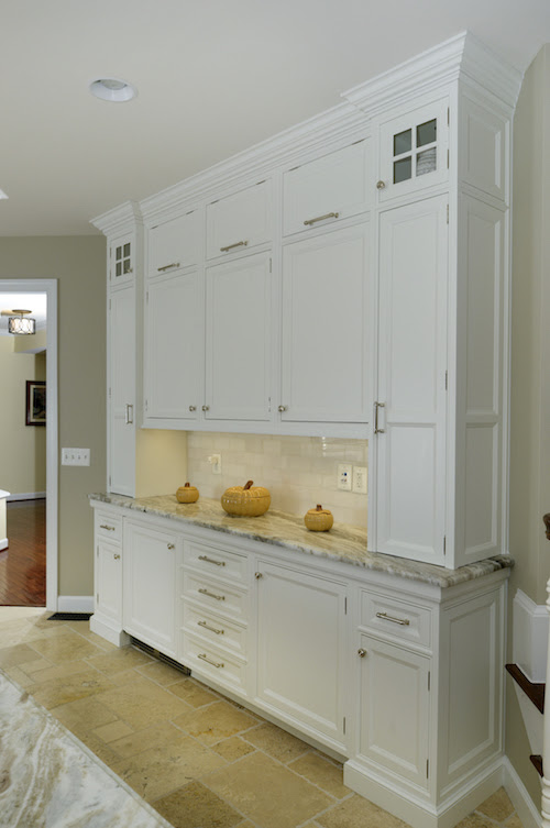 Kitchen Design Challenge: Traditional Tract Home With ...