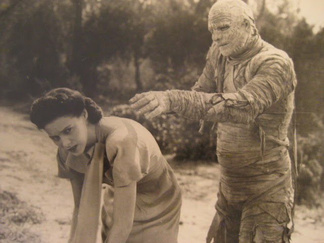 mummyscurse_still5