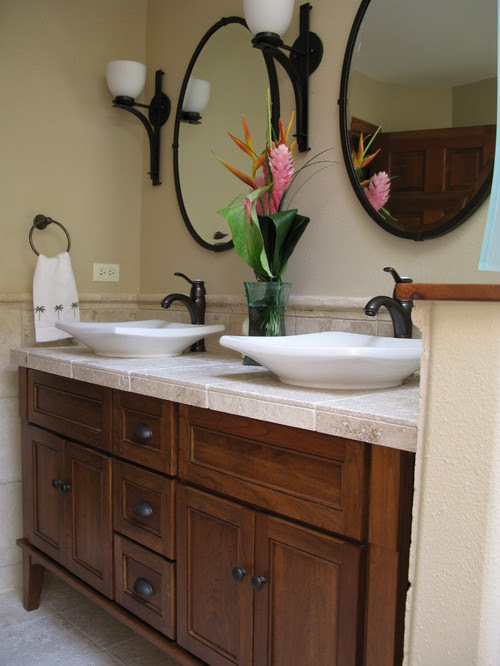 LisaLeo designs tropical bathroom