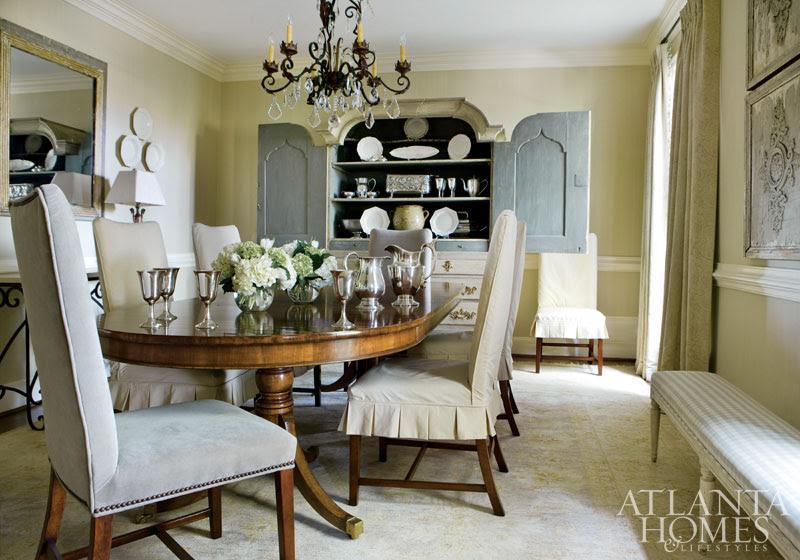 http://atlantahomesmag.com/wp-content/uploads/2015/07/living-room/dines_019_0.jpg