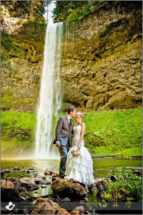 Oregon Wedding Photography, Silverton, Oregon :: Cori