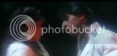 http://i298.photobucket.com/albums/mm253/blogspot_images/Baaghi/PDVD_040.jpg