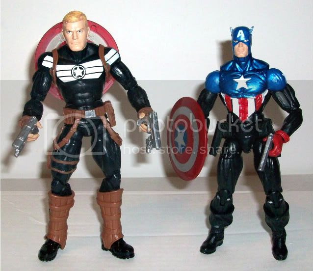 Captain America photo MarvelLegends018-1.jpg