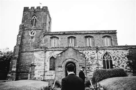 DIY Marquee Wedding   Northampton Wedding Photographer