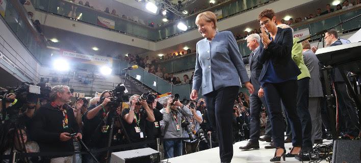 Η Ανγκελα Μέρκελ μετά το αποτέλεσμα των σημερινών εκλογών /Φωτογραφία: Getty