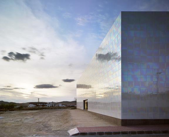 Casa de la Música y Auditorio en Alagueña MUCA / Cor & Asociados