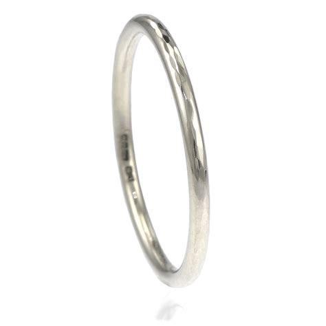 Slim Hammered 1.5mm Halo Wedding Ring in Platinum   Size P