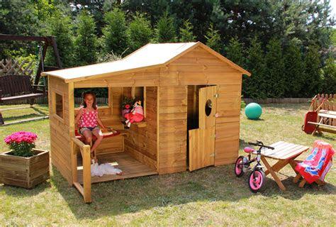 baumotte spielhaus holz kinderspielhaus heidi