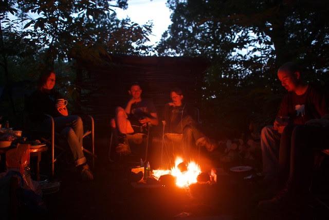 DSC_6983 woodland camp fire