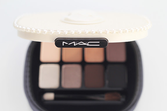 MAC_keepsakes_smoky_eyes06
