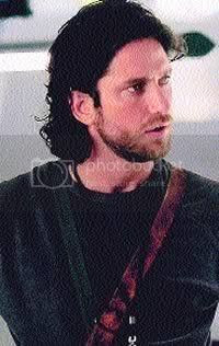 Gerard Butler- Timeline Pictures, Images and Photos