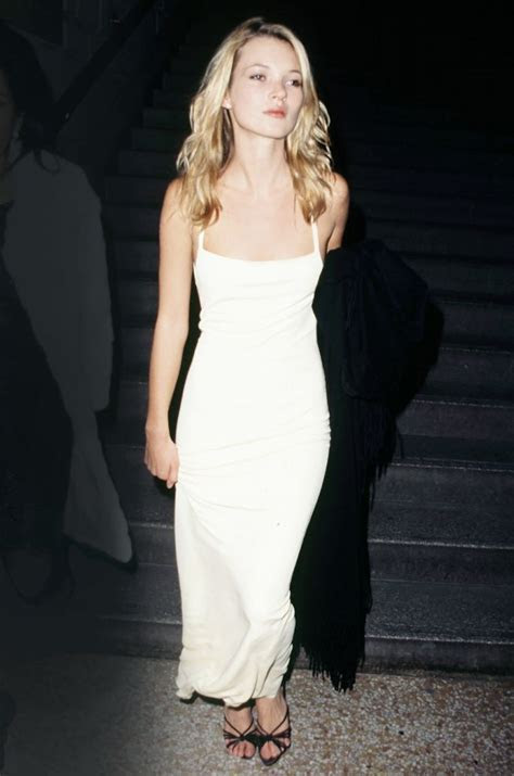 5 Ways to Wear Slips In Public Without Looking Indecent