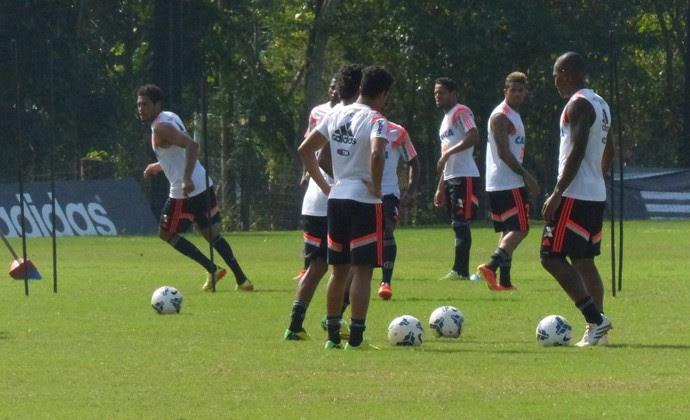 Treino do Flamengo (Foto: Raphael Bózeo)