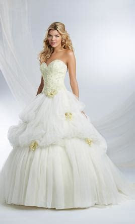 Alfred Angelo Disney Princess Belle, $800 Size: 2   New