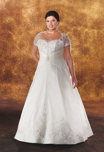 full figure wedding dresses   fuller figure wedding dress