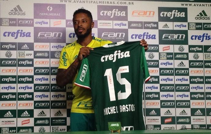Michel Bastos Palmeiras (Foto: Rodrigo Faber)