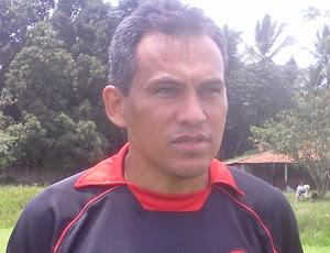 Bira Lopes, treinador do  Moto Club no Campeonato Maranhense 2012 (Foto: João Ricardo/Globoesporte.com)