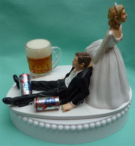 Best 20  Funny Wedding Cake Toppers ideas on Pinterest