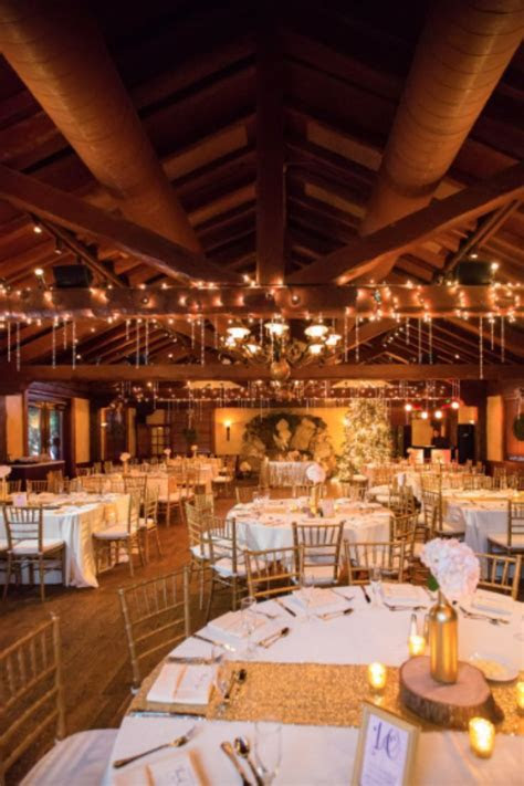 1000  ideas about Winter Wedding Venue on Pinterest