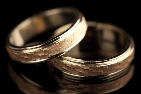 Choosing a Men's Wedding Bands in Pennsylvania