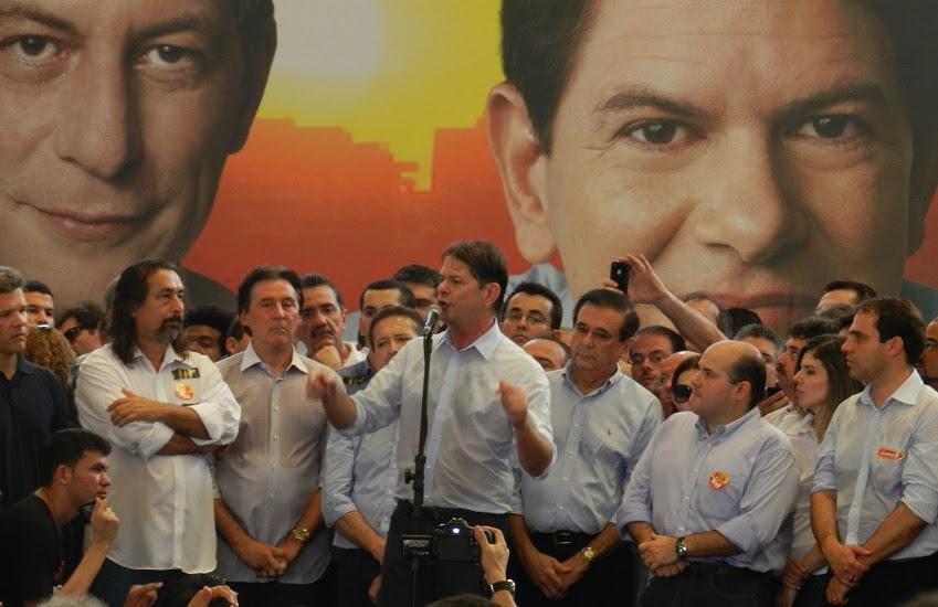 A aliança do então MDB com os Ferreira Gomes perpassou também eleições municipais. (Foto: Divulgação/PSB/2012)