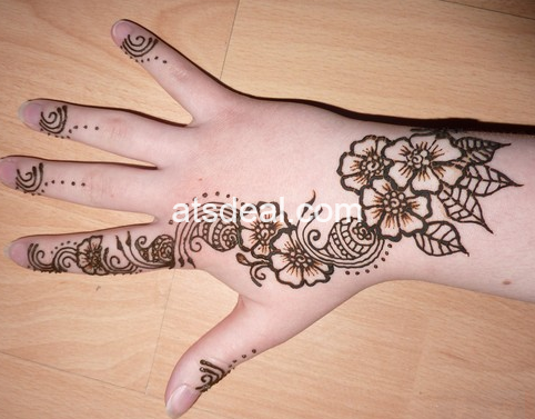 Awesome Henna Flowers Tattoo 2