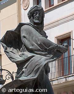 Abderramán I fue el primer emir de Al-Andalus, independiente de Damasco. En la imagen, estatua de un soldado musulmán en Caravaca de la Cruz