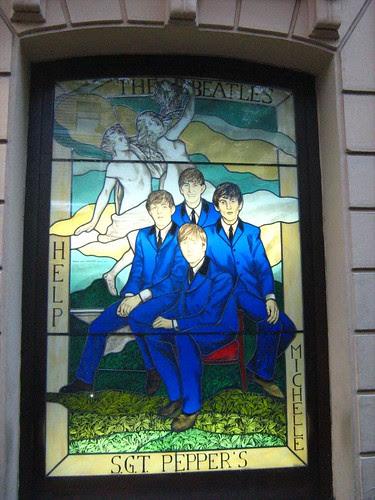 Beatles outside Hard Rock Cafe Rome