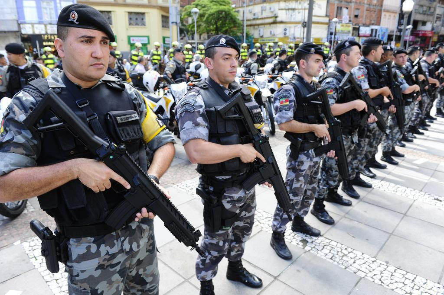 Retirada dos militares da reforma da Previdência revolta sindicatos e governos estaduais Ronaldo Bernardi/Agencia RBS