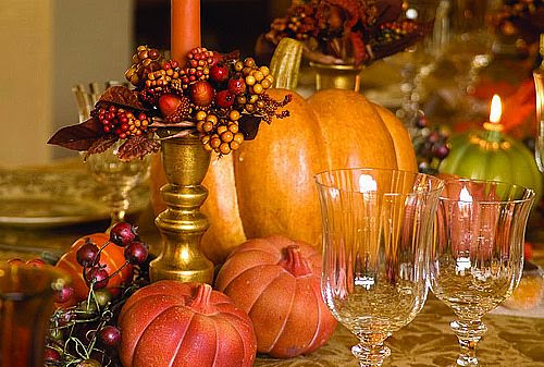 33 Beautiful Thanksgiving Table Decorations   DigsDigs