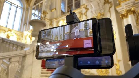 A 5-hour 4K video recorded with an iPhone 11 Pro shows the beauty of the Hermitage Museum