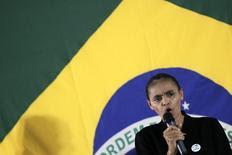 Ex-senadora Marina Silva faz discurso durante encontro em que anunciou sua decisão de filiar-se ao PSB, em Brasília, 5 de outubro de 2013. REUTERS/Ueslei Marcelino