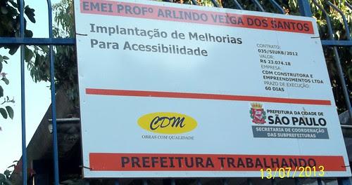 Obra de acessibilidade na Rua Félix Alves Pereira, EMEI Prof. Arlindo Veiga dos Santos e EEM Prof. Mário Pereira Bicudo, no Jd. Centenário 00_1733