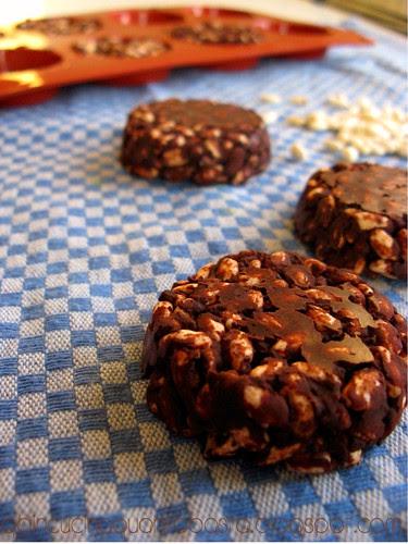 Snack riso soffiato e cioccolato