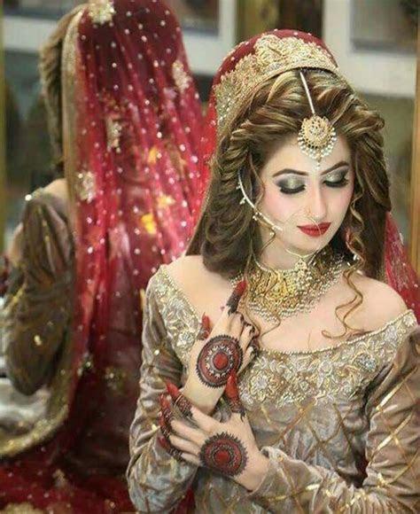 Bridals Makeup Looks & Dresses Designs 2018 Trends